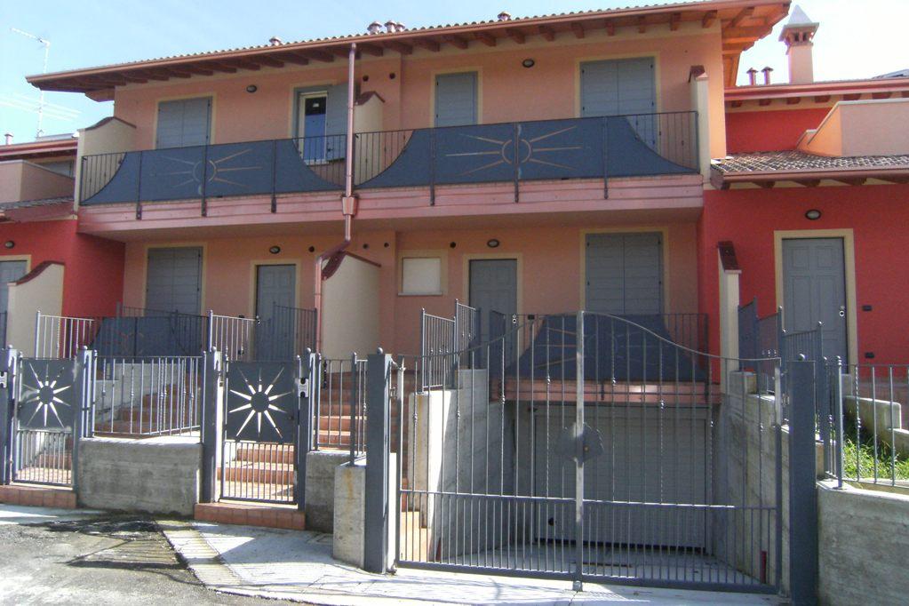 Villa a Schiera in vendita a Barbariga, 5 locali, prezzo € 131.100   CambioCasa.it