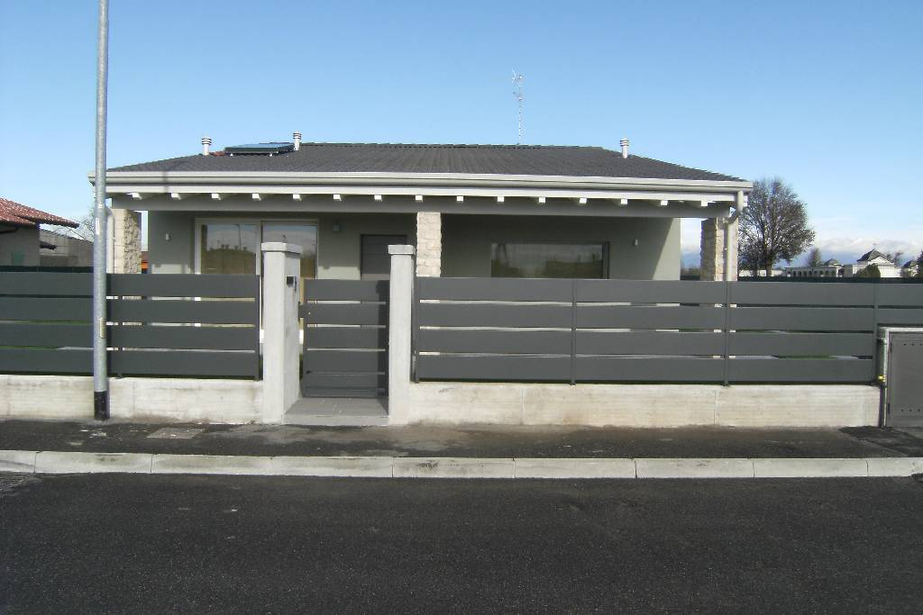 Villa singola in vendita a corzano agenzie immobiliari for Villa singola moderna