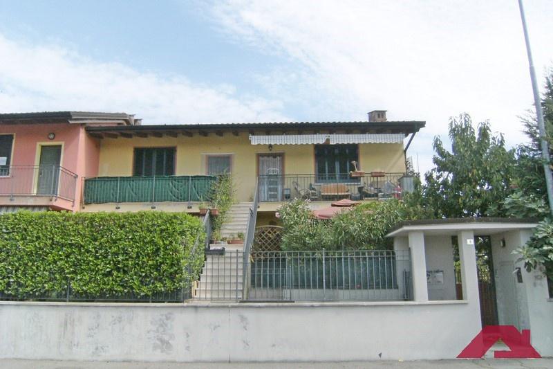 Appartamento in vendita a Offlaga, 3 locali, prezzo € 70.000 | CambioCasa.it