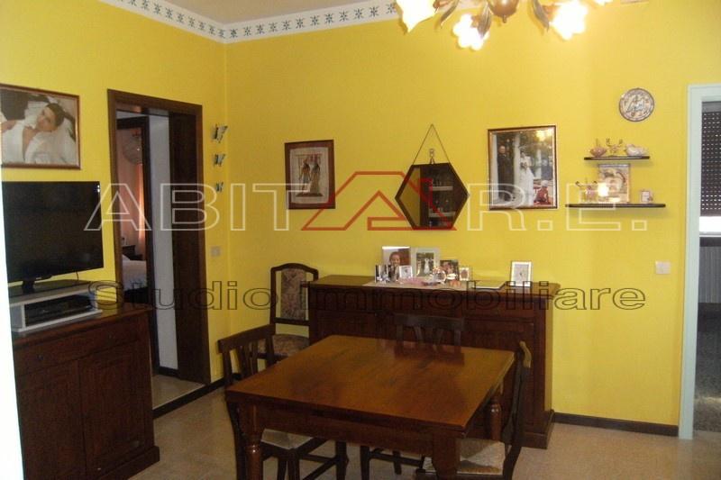 Appartamento da ristrutturare in vendita Rif. 9522937