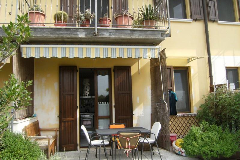 Villa a Schiera in vendita a Mairano, 5 locali, prezzo € 164.000 | CambioCasa.it