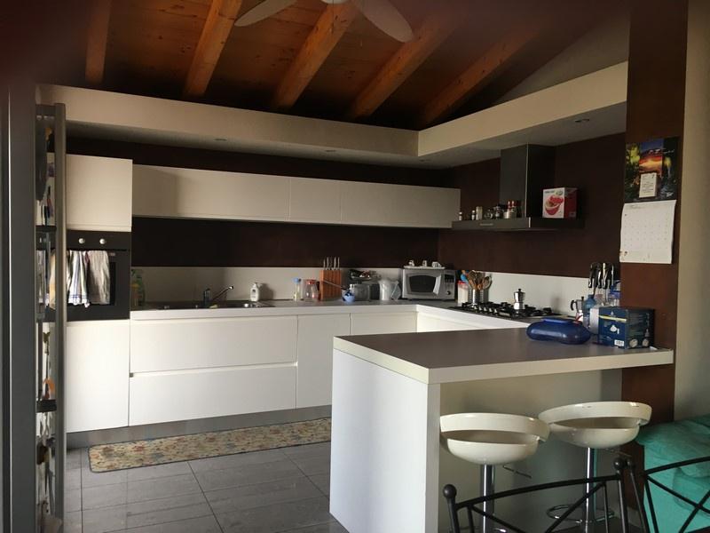 Appartamento in vendita a Montichiari, 3 locali, prezzo € 99.000 | CambioCasa.it