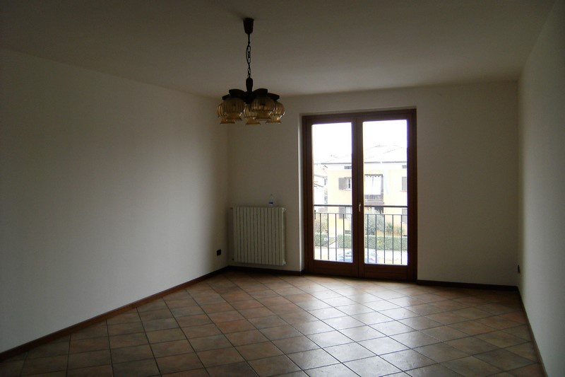 Appartamento in affitto a Roncadelle, 2 locali, prezzo € 430 | CambioCasa.it