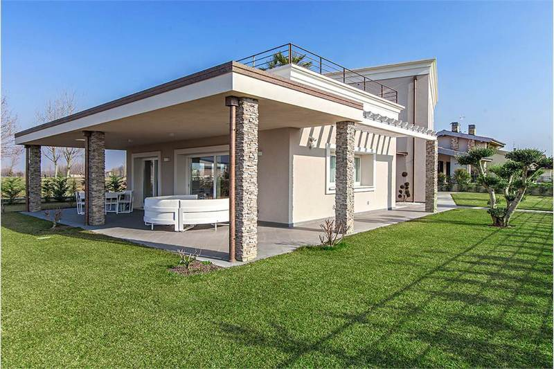 Villa in vendita a Mairano, 5 locali, prezzo € 890.000 | CambioCasa.it