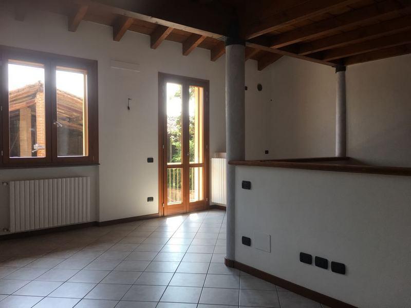 Appartamento in vendita a Orzivecchi, 3 locali, prezzo € 87.000 | CambioCasa.it