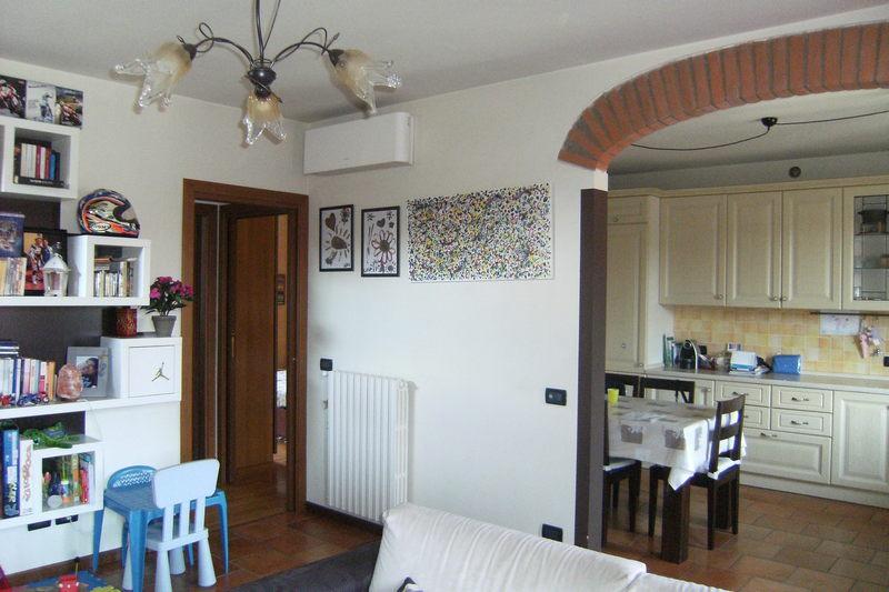 Appartamento in vendita a Mairano, 3 locali, prezzo € 112.000   CambioCasa.it