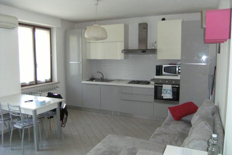 Appartamento in buone condizioni in vendita Rif. 7880319