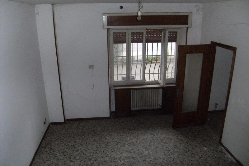 Rustico / Casale in vendita a Azzano Mella, 5 locali, prezzo € 70.000 | CambioCasa.it