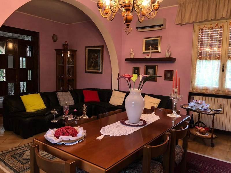 Villa in vendita a Castel Mella, 5 locali, prezzo € 310.000 | CambioCasa.it