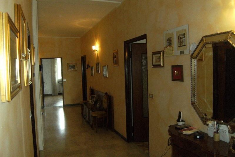 Appartamento da ristrutturare in vendita Rif. 8905026