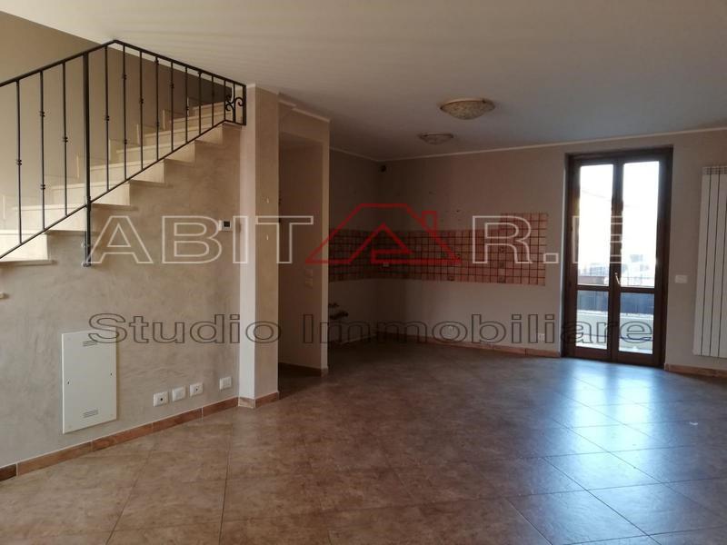 Villa a Schiera in affitto a Mairano, 3 locali, prezzo € 500 | CambioCasa.it