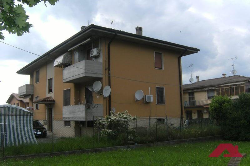 Appartamento in vendita a Carpenedolo, 3 locali, prezzo € 55.000 | PortaleAgenzieImmobiliari.it