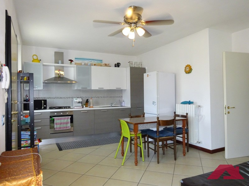 Appartamento da ristrutturare in vendita Rif. 10536507