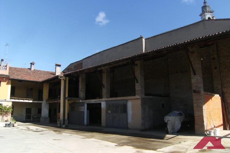Rustico/Casale/Corte in Vendita CAPRIANO DEL COLLE