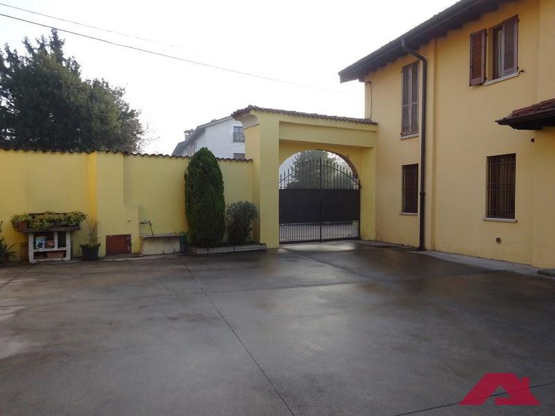 Appartamento in vendita a Mairano, 3 locali, prezzo € 105.000 | PortaleAgenzieImmobiliari.it