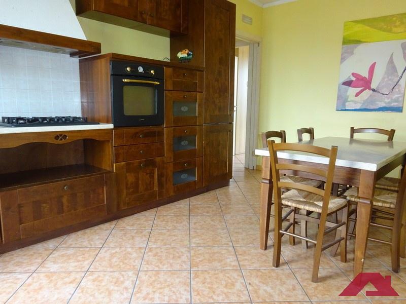 Appartamento in affitto a Dello, 2 locali, prezzo € 430 | CambioCasa.it