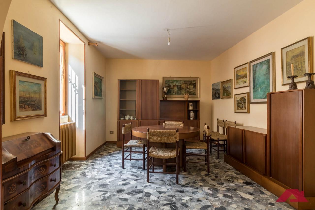Rustico / Casale in vendita a Quinzano d'Oglio, 6 locali, prezzo € 99.000 | PortaleAgenzieImmobiliari.it