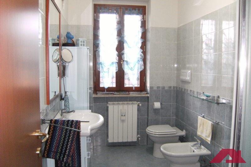 Appartamento DELLO TRILOCALE TA32