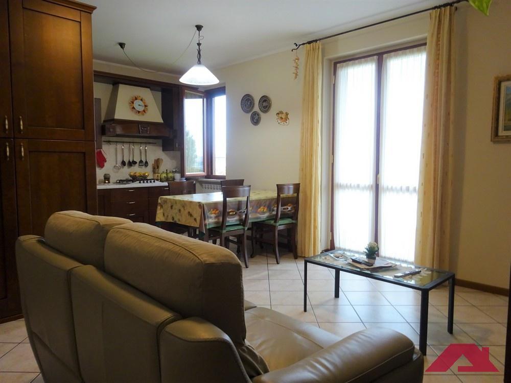 Appartamento in vendita a Maclodio, 3 locali, prezzo € 126.000   PortaleAgenzieImmobiliari.it