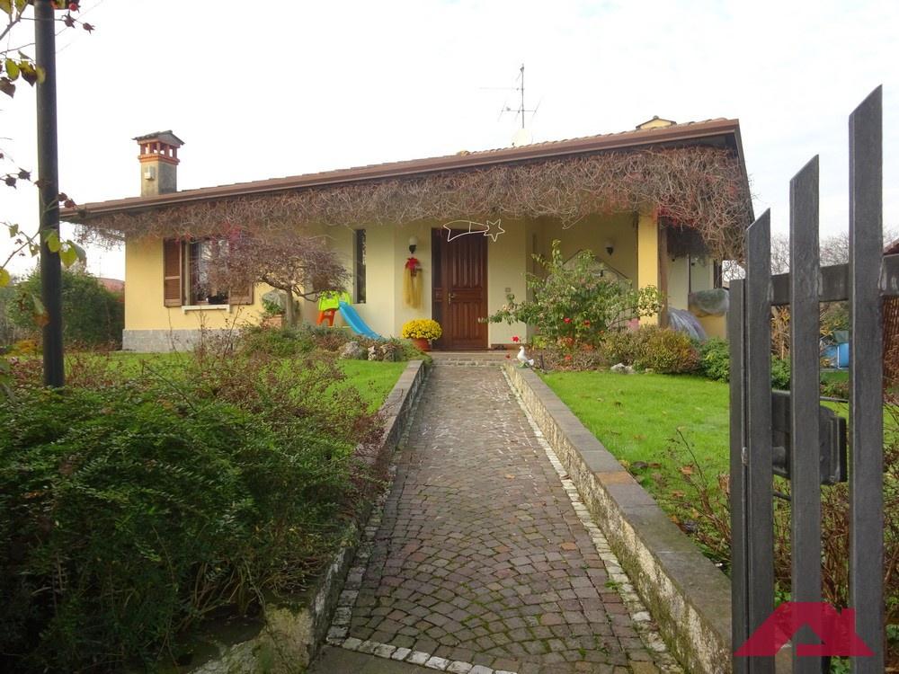 Villa in vendita a Offlaga, 5 locali, prezzo € 259.000   PortaleAgenzieImmobiliari.it