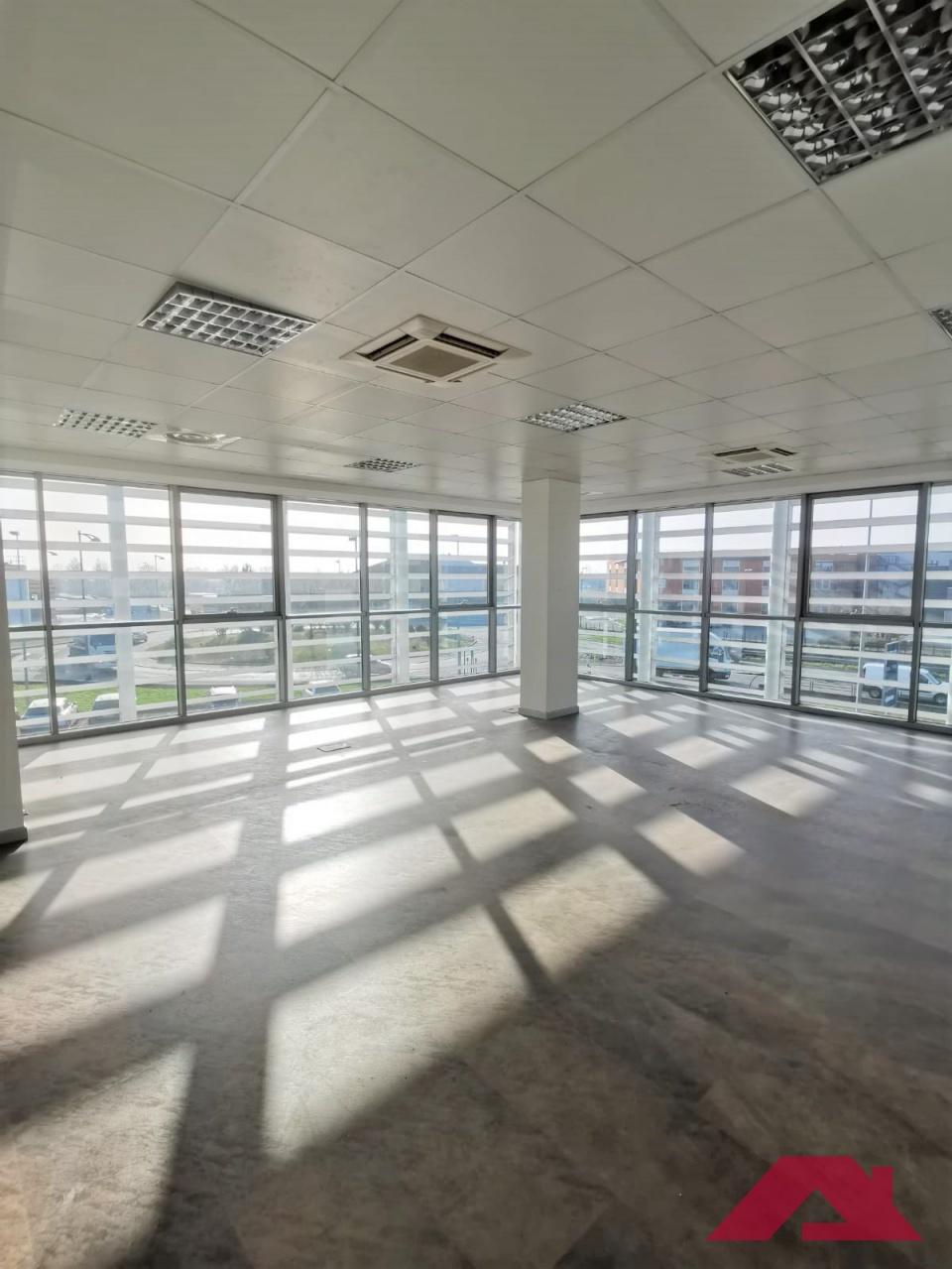 Ufficio / Studio in vendita a Azzano Mella, 1 locali, Trattative riservate | PortaleAgenzieImmobiliari.it