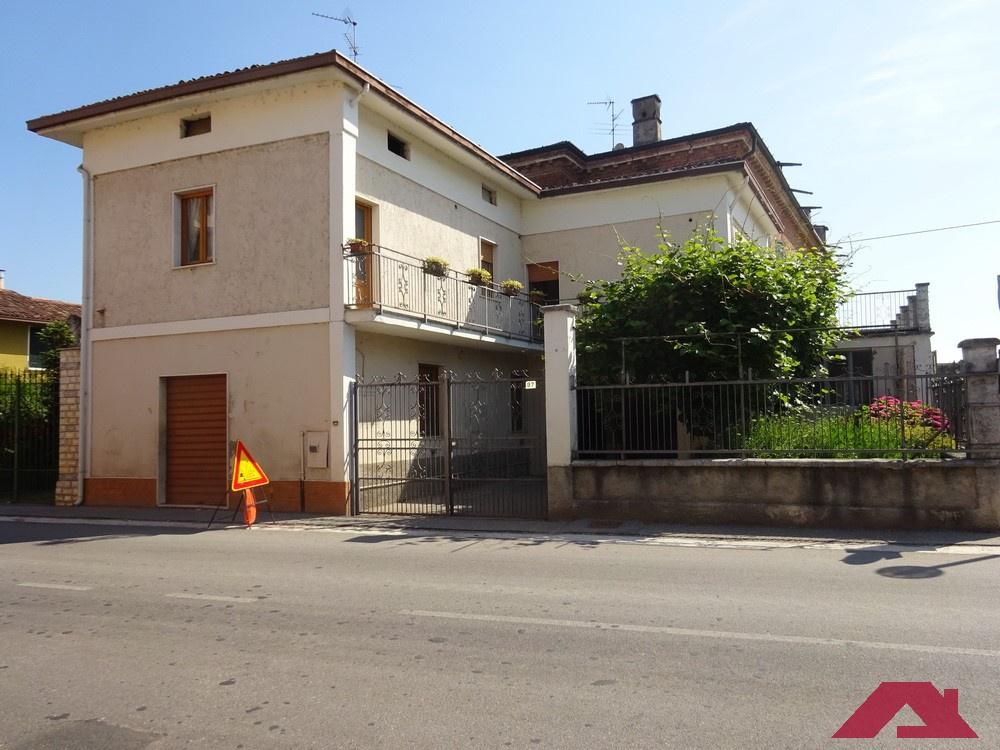 Villa singola in Vendita LONGHENA