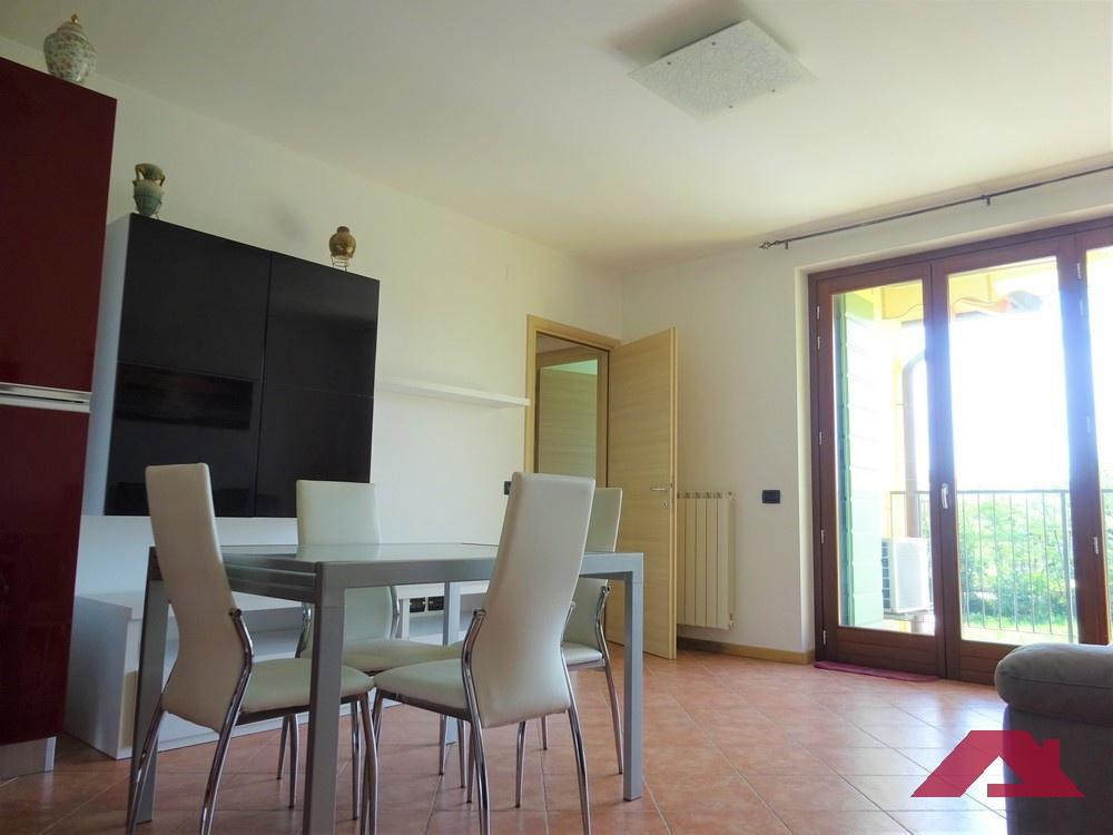 Appartamento in vendita a Brandico, 3 locali, prezzo € 79.900 | CambioCasa.it