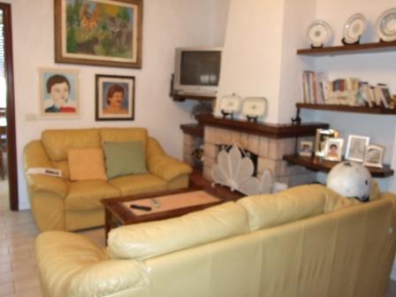 vendita appartamento montignoso   280000 euro  4 locali  85 mq
