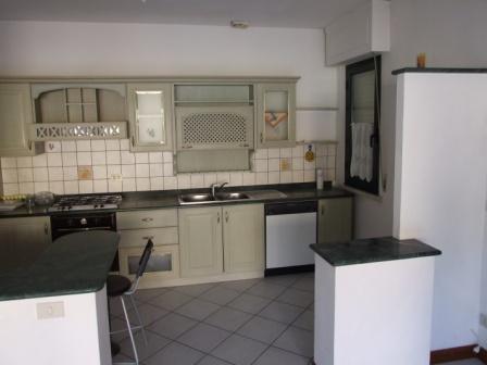 Appartamento, 80 Mq, Vendita - Massa (Massa Carrara)