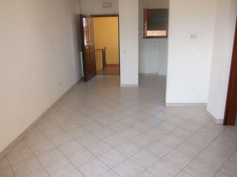 vendita appartamento massa marina di massa  185000 euro  3 locali  70 mq