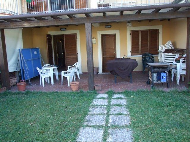 vendita appartamento massa marina di massa  230000 euro  4 locali  80 mq
