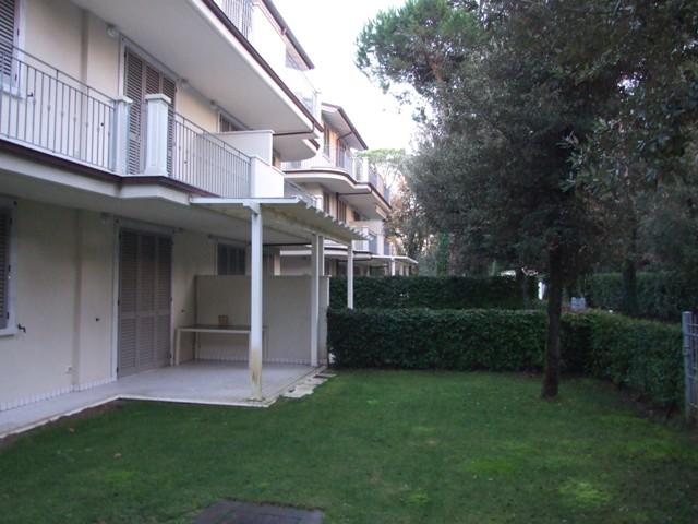 Appartamento in ottime condizioni arredato in affitto Rif. 4764892