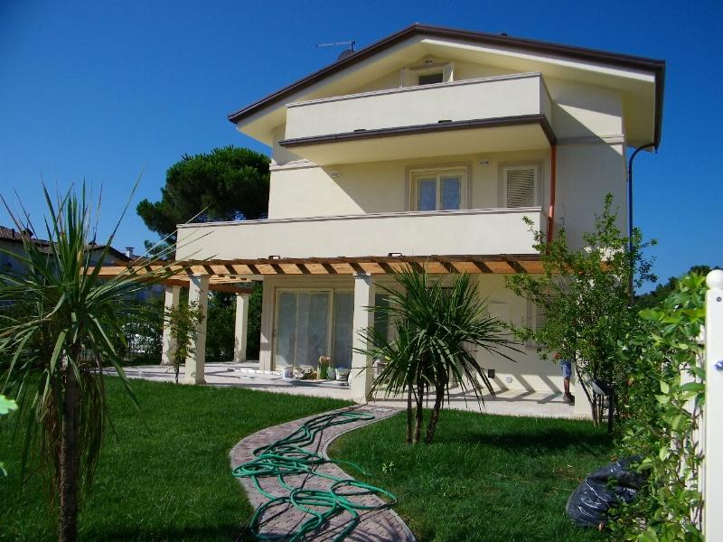 Villa in vendita Rif. 8931228