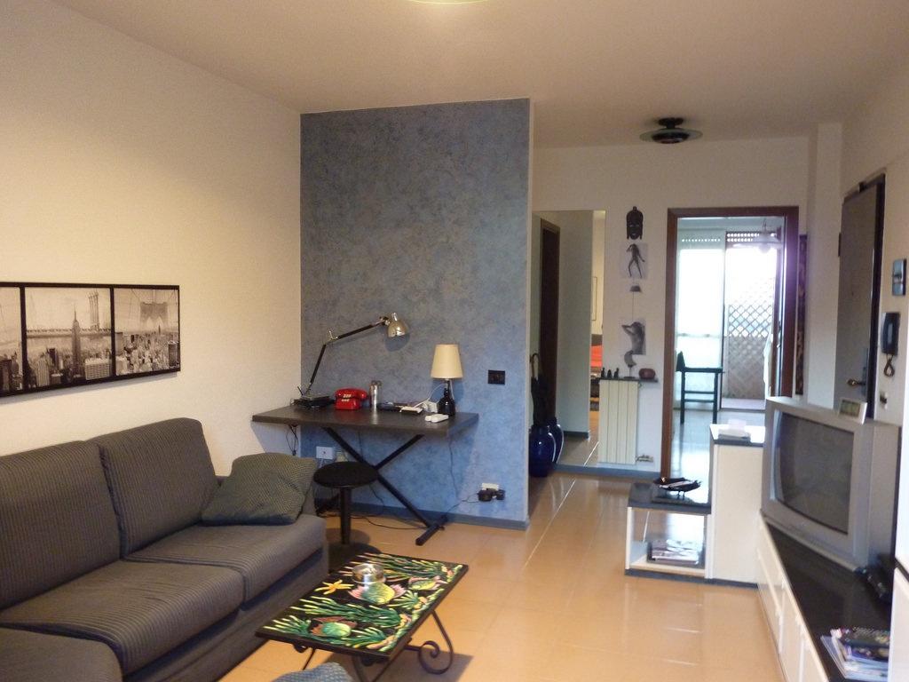 vendita appartamento massa periferia  220000 euro  4 locali  90 mq