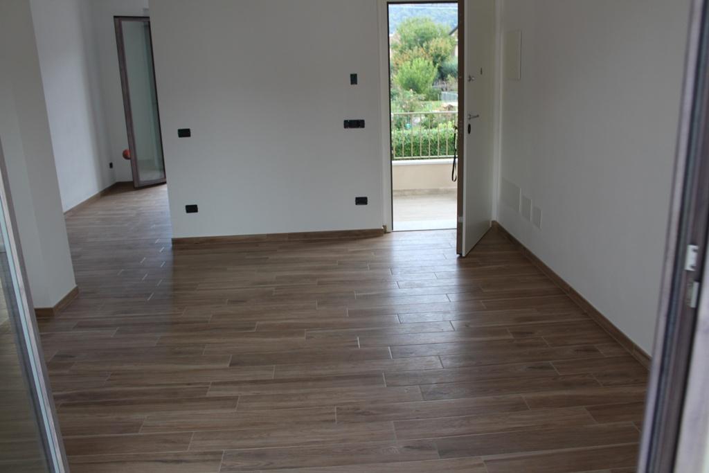 Appartamento MONTIGNOSO MA/565