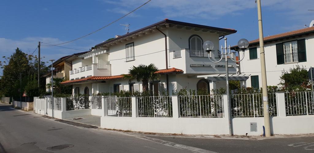 Appartamento MONTIGNOSO A/655