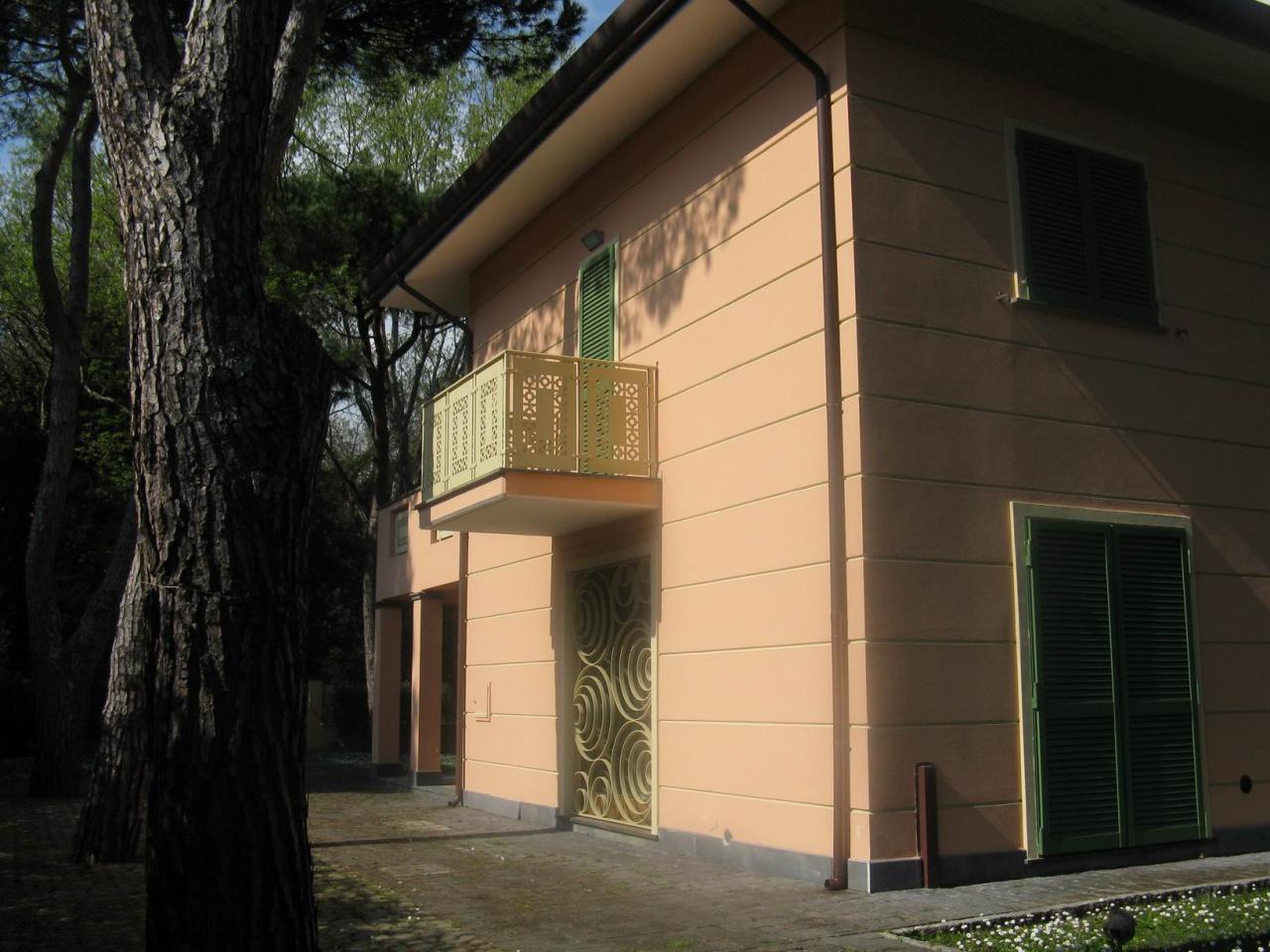 Villa bifamiliare FORTE DEI MARMI LUX S/224