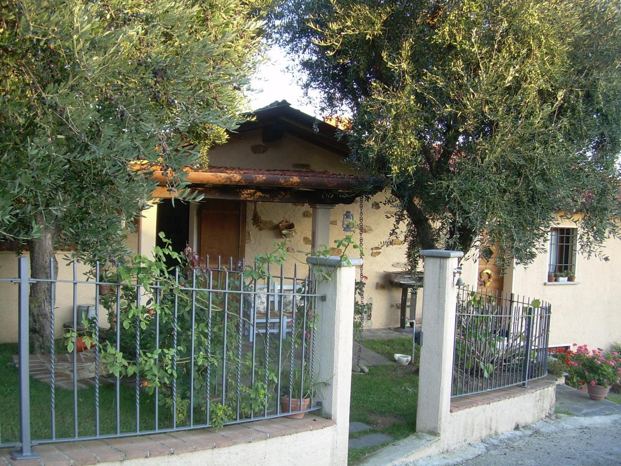 Villa singola MONTIGNOSO LUXV/138