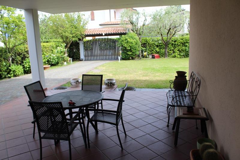 Appartamento in ottime condizioni arredato in affitto Rif. 10266691
