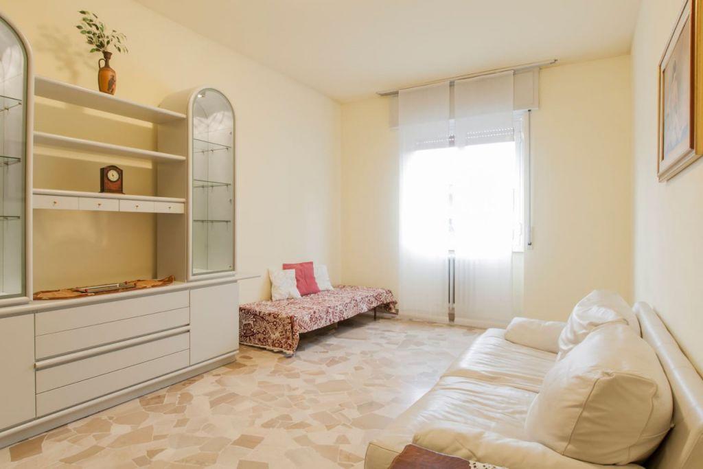 Appartamento in buone condizioni in vendita Rif. 11709120