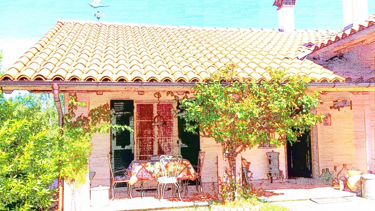 Villa a Schiera in vendita a Urbe, 5 locali, prezzo € 150.000 | PortaleAgenzieImmobiliari.it