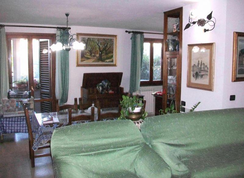 Appartamento, 130 Mq, Vendita - Prato (Prato)