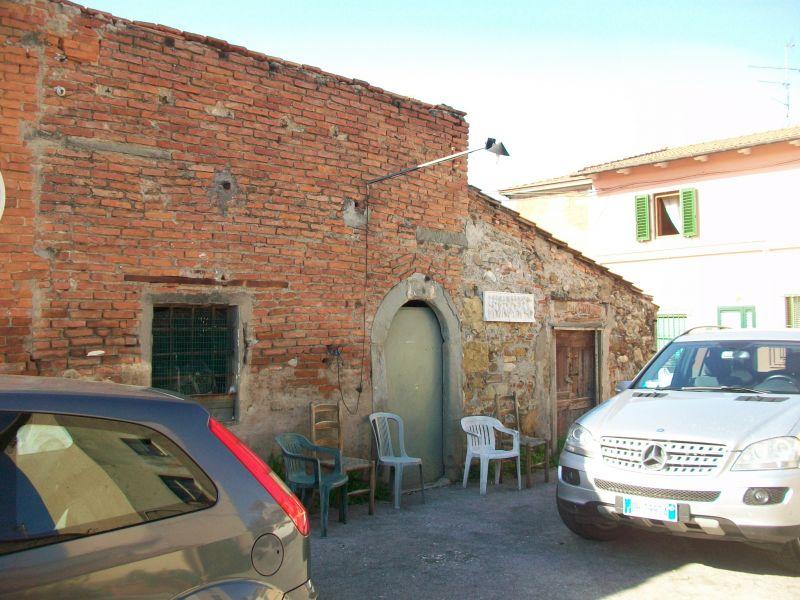 Bilocale Prato Via Aldo Moro 3