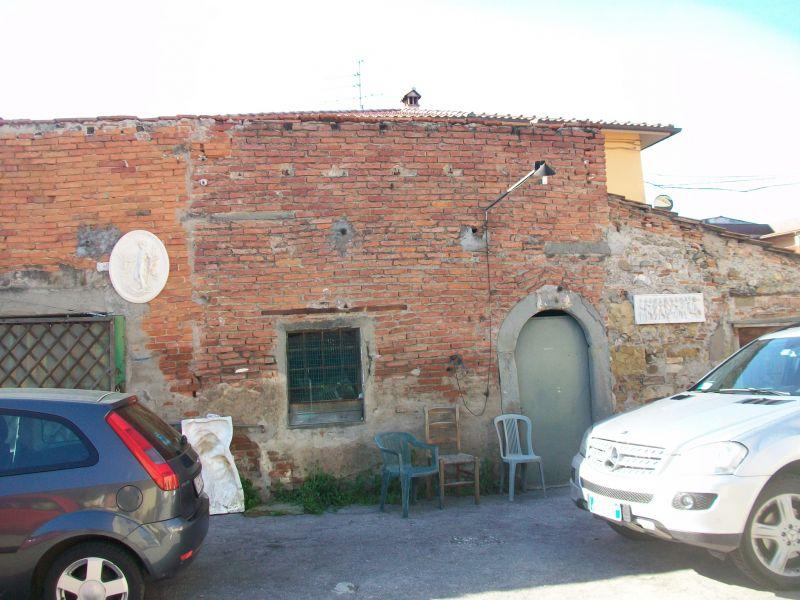 Bilocale Prato Via Aldo Moro 1