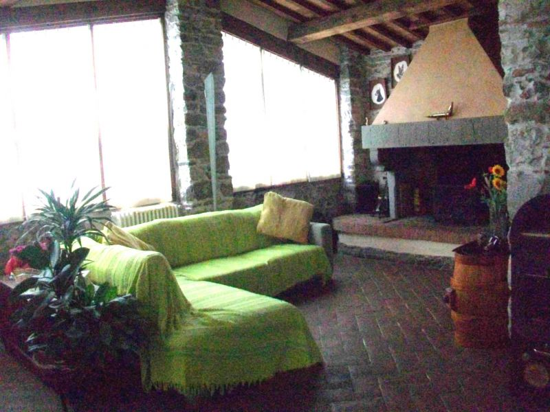 Bilocale Calenzano Via Di Sommaia 4