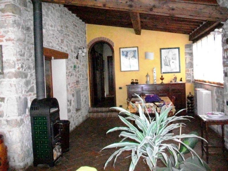 Bilocale Calenzano Via Di Sommaia 1