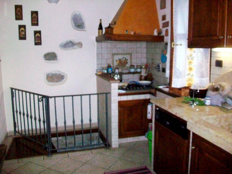 Bilocale Calenzano Via Di Sommaia 7