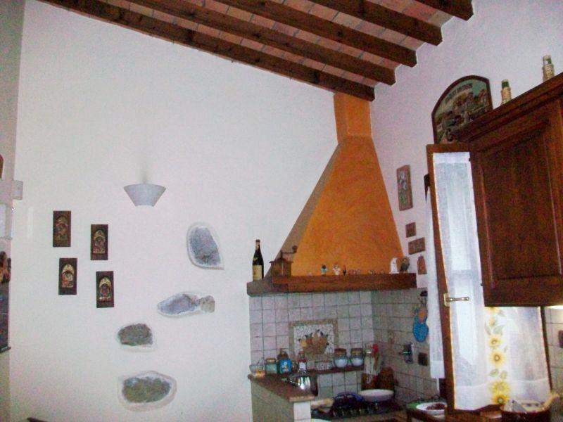 Bilocale Calenzano Via Di Sommaia 8