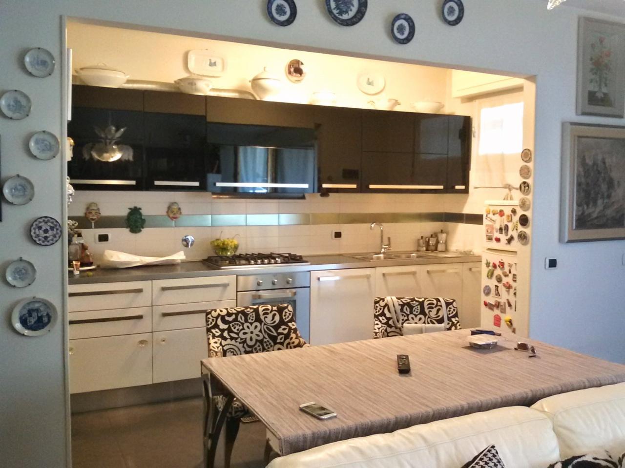 Appartamento da ristrutturare in vendita Rif. 9603210