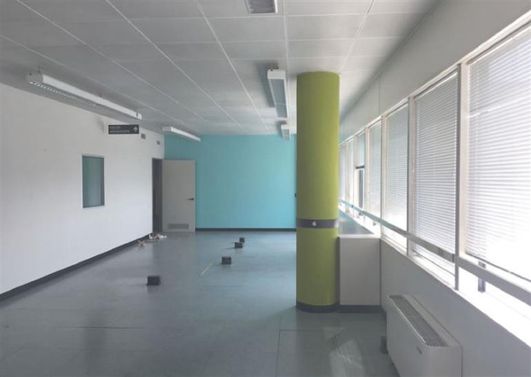 Stabile / Palazzo in discrete condizioni in affitto Rif. 10588223